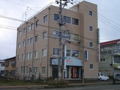 新潟県長岡市の築39年 4階建の賃貸マンション