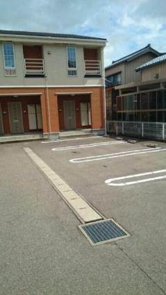 グレース バリー[1LDK/42.04m2]の駐車場