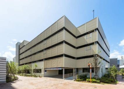新潟県新潟市中央区東万代町[1LDK/60.2m2]の駐車場1