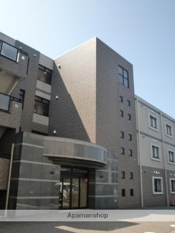 新潟県新潟市中央区、新潟駅徒歩28分の築13年 4階建の賃貸マンション