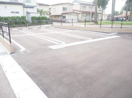 アベニールⅡ[1LDK/50.03m2]の駐車場