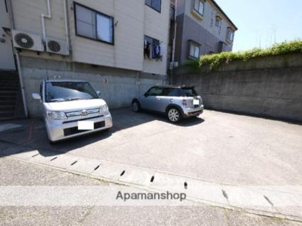 ユースキャッスル[1K/24084m2]の駐車場