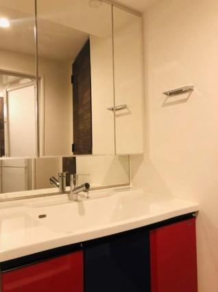 新潟県新潟市中央区東万代町[2LDK/65.08m2]の洗面所