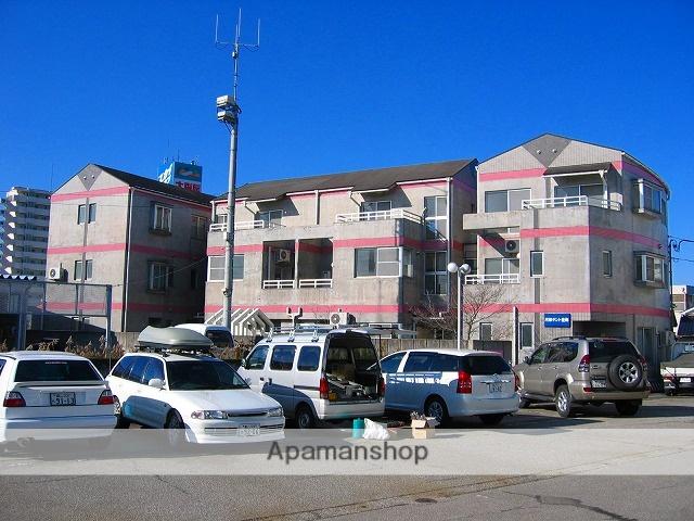 富山県富山市、東新庄駅徒歩3分の築26年 3階建の賃貸マンション