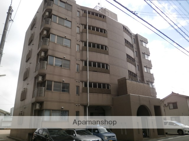 富山県富山市、丸の内駅徒歩8分の築19年 6階建の賃貸マンション