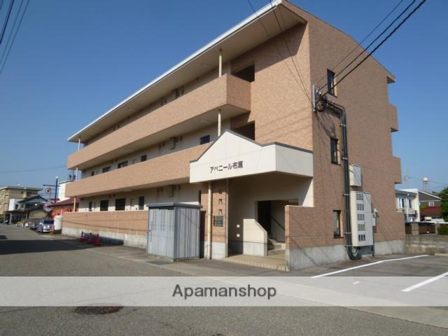 富山県富山市の築9年 3階建の賃貸マンション