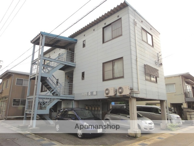 富山県富山市の築22年 3階建の賃貸マンション