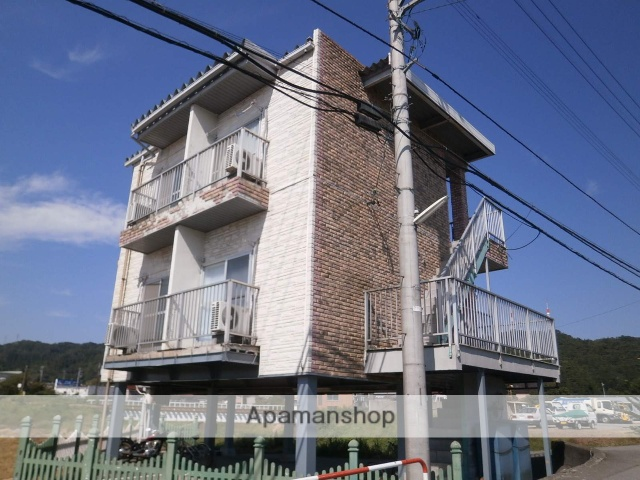 富山県富山市、西富山駅徒歩11分の築31年 3階建の賃貸アパート