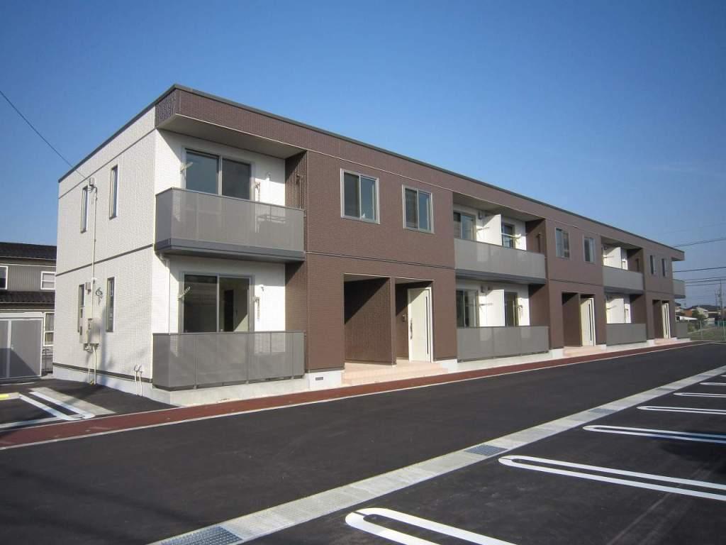 富山県富山市、大学前駅徒歩20分の築2年 2階建の賃貸アパート