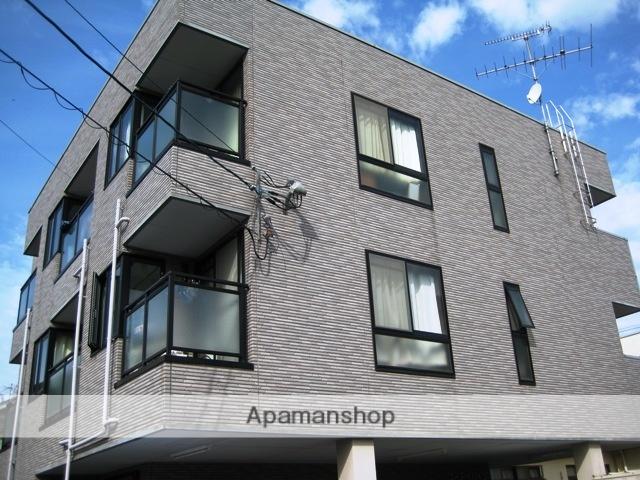 富山県富山市、大学前駅徒歩4分の築18年 3階建の賃貸アパート