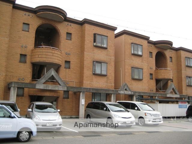 富山県富山市の築27年 3階建の賃貸マンション