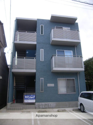 富山県富山市、小泉町駅徒歩7分の築11年 3階建の賃貸マンション