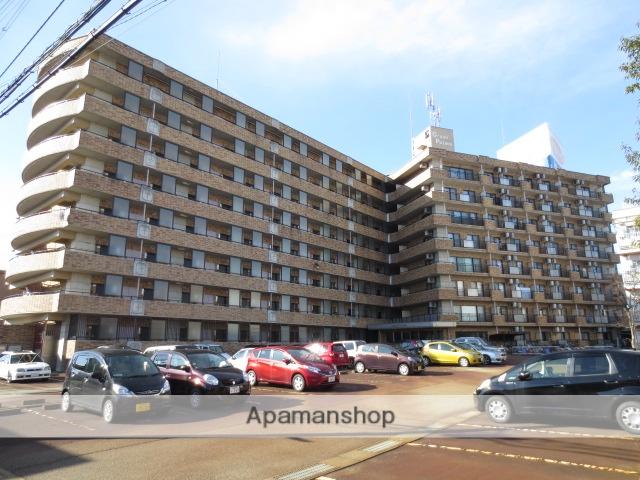 富山県富山市、大学前駅徒歩8分の築20年 8階建の賃貸マンション