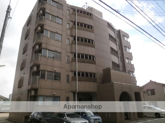 富山県富山市、丸の内駅徒歩8分の築21年 6階建の賃貸マンション