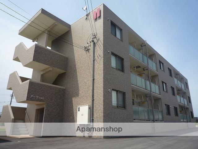 富山県滑川市、滑川駅徒歩15分の築8年 3階建の賃貸マンション