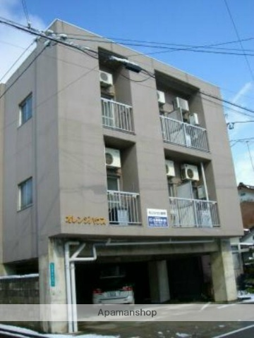 富山県富山市、稲荷町駅徒歩14分の築26年 3階建の賃貸マンション