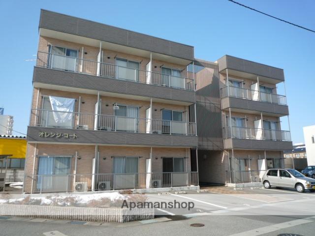 富山県富山市、東新庄駅徒歩9分の築9年 3階建の賃貸アパート