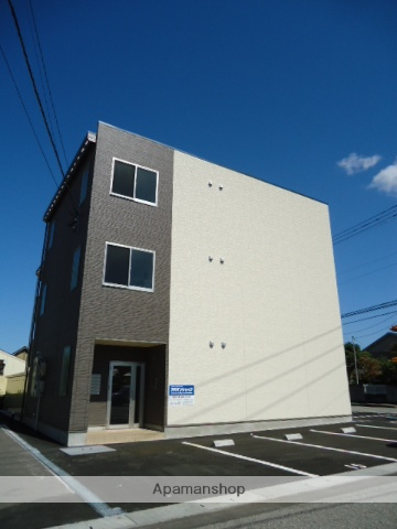 富山県富山市、南富山駅徒歩13分の築1年 3階建の賃貸マンション