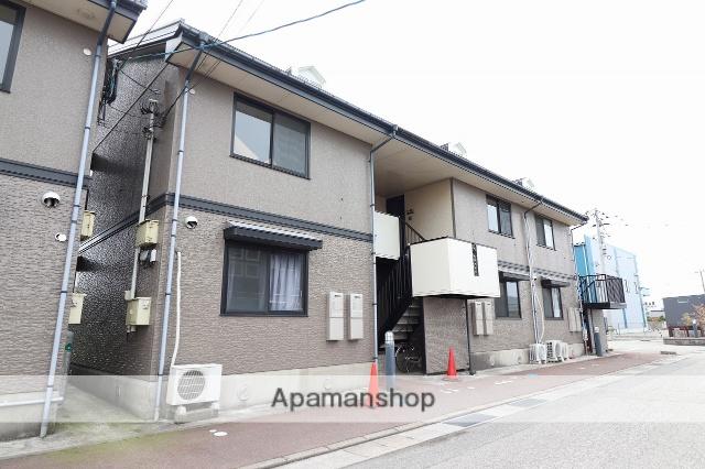 富山県高岡市の築20年 2階建の賃貸アパート