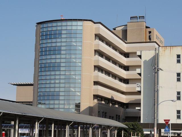 高岡市民病院 2300m