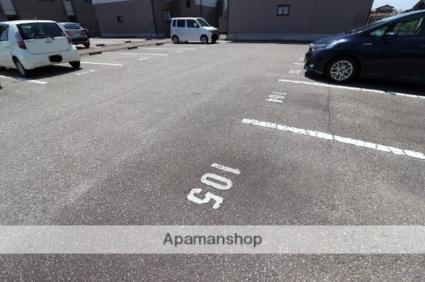 グランヴェールⅠB[2DK/40m2]の駐車場