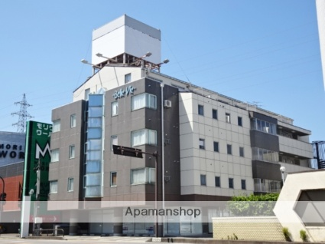 富山県富山市の築27年 5階建の賃貸マンション