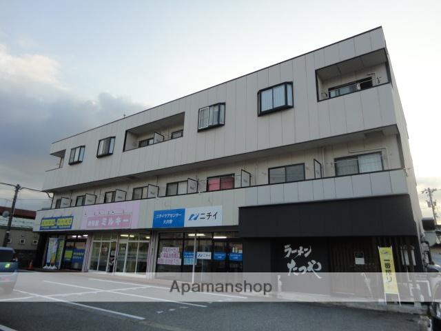 富山県富山市の築21年 3階建の賃貸アパート