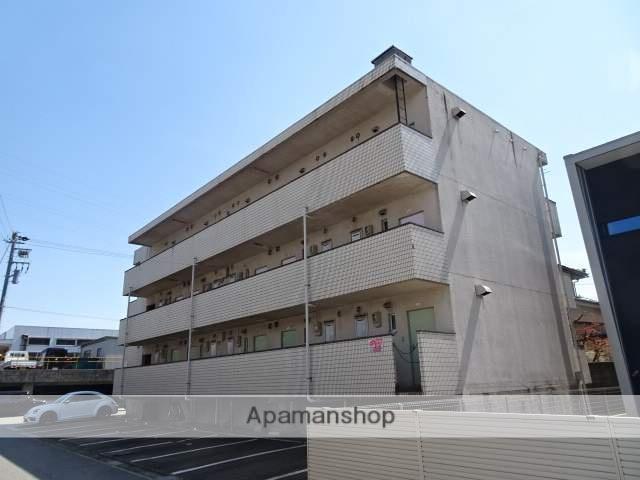 富山県富山市、南富山駅徒歩18分の築30年 3階建の賃貸アパート