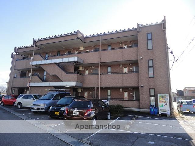 富山県富山市の築17年 3階建の賃貸マンション