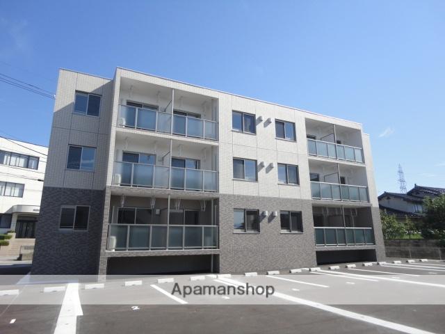 富山県富山市、婦中鵜坂駅徒歩19分の築2年 3階建の賃貸マンション