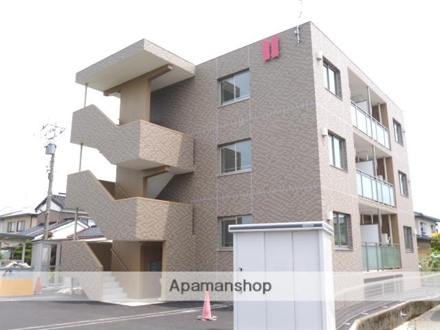 富山県富山市、東新庄駅徒歩23分の築4年 3階建の賃貸マンション