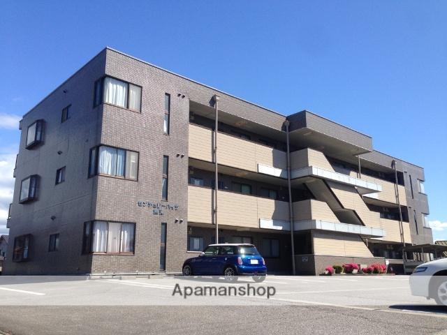 富山県魚津市、魚津駅徒歩13分の築22年 3階建の賃貸マンション
