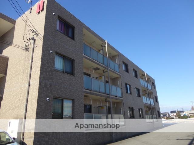 富山県滑川市、滑川駅徒歩15分の築9年 3階建の賃貸マンション