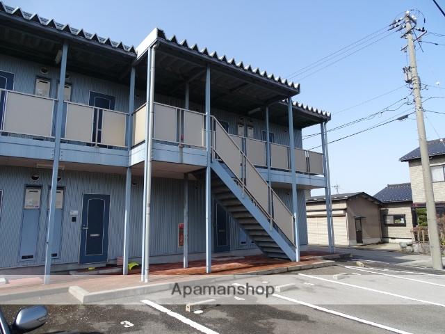 富山県魚津市の築10年 2階建の賃貸アパート