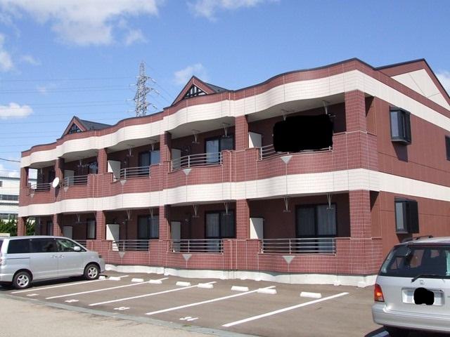 富山県射水市の築11年 2階建の賃貸マンション