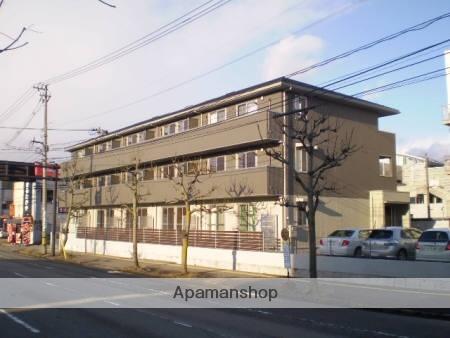 富山県富山市、富山駅徒歩7分の築6年 3階建の賃貸アパート