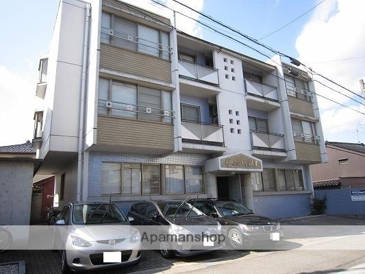 富山県富山市、富山駅徒歩9分の築23年 3階建の賃貸マンション