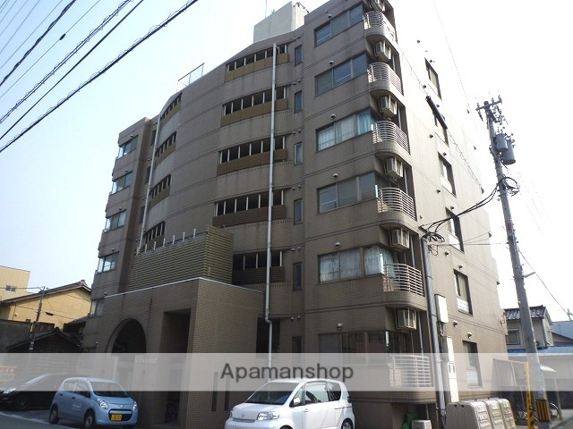 富山県富山市、丸の内駅徒歩8分の築20年 6階建の賃貸マンション