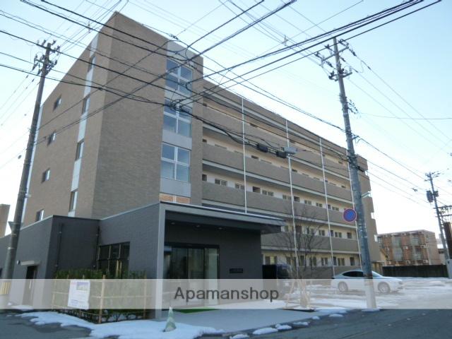 富山県富山市、諏訪川原駅徒歩4分の築2年 5階建の賃貸マンション