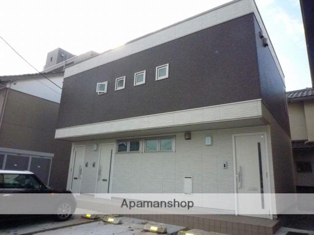 富山県富山市、富山駅徒歩7分の築5年 2階建の賃貸アパート