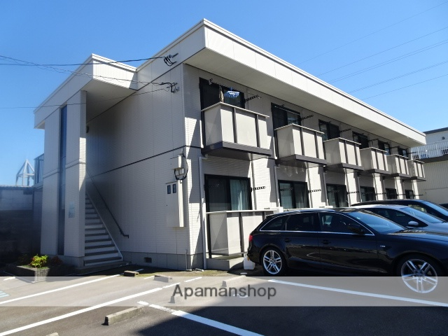 富山県富山市、南富山駅徒歩17分の築15年 2階建の賃貸アパート