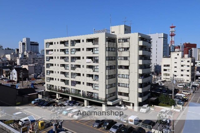 富山県富山市、中町(西町北)駅徒歩6分の築28年 8階建の賃貸マンション