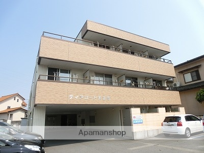 富山県富山市の築9年 3階建の賃貸アパート