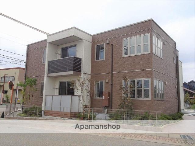 富山県高岡市の新築 2階建の賃貸アパート