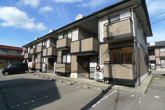 石川県金沢市、金沢駅北鉄バスバス30分近岡下車後徒歩9分の築16年 2階建の賃貸アパート