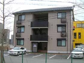 石川県金沢市、金沢駅北鉄バスバス20分神野下車後徒歩7分の築15年 3階建の賃貸アパート