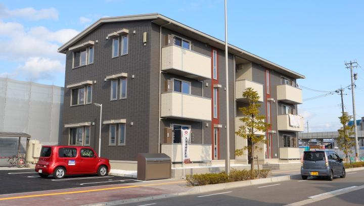 石川県金沢市、西金沢駅徒歩2分の新築 3階建の賃貸アパート