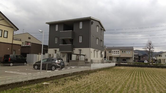 新着賃貸1:石川県金沢市寺地1丁目の新着賃貸物件