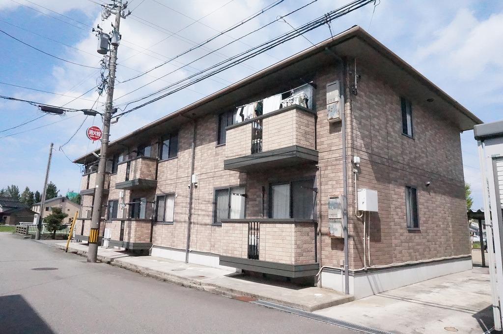 石川県金沢市、額住宅前駅徒歩19分の築15年 2階建の賃貸アパート