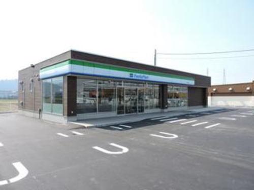 ファミリーマート 松岡室店 550m